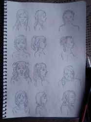 Personajes femeninos by Lunnely