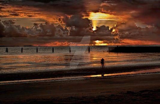 Shorncliffe sunrise by GeoffSporne