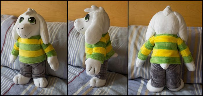 Asriel Plush Commission by WispyChipmunk
