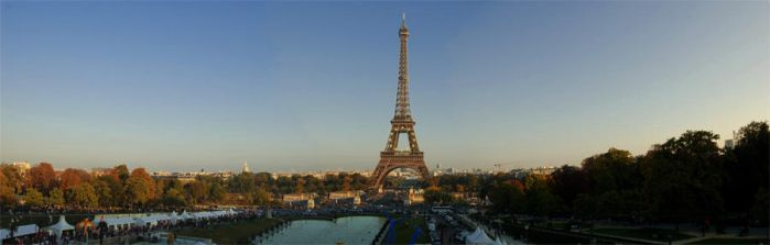 Panorama of the Eiffel Tower by AlanSmithers