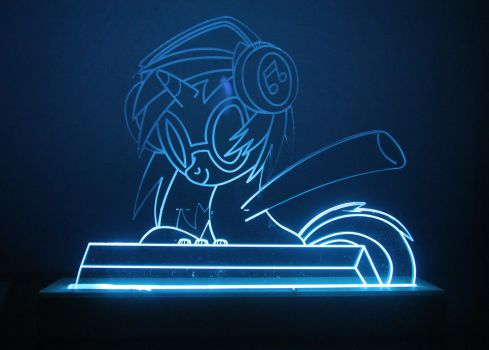 Vinyl Scratch LED Picture by steeph-k