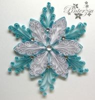 Quilled christmastree ornament by pinterzsu