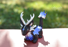 Blue gradient Dragon Elk sculpture by IcekaWorld