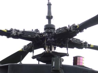 AH-64 Apache rotor assembly by The-Elegant-Machine