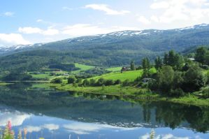 Reflexions in Voss by dbug