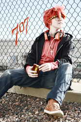 707 by AngryLittleGnome