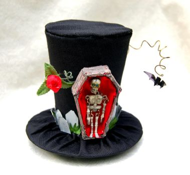 Tiny Top Hat: The Graveyard by TinyTopHats