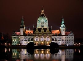 New town hall in Hannover II by cody29