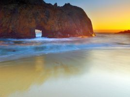 Pfeiffer Beach by coulombic