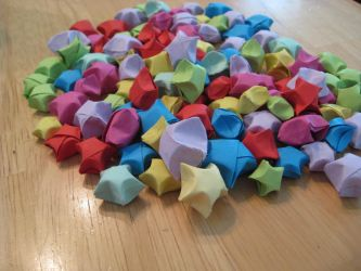 Paper Lucky Stars by Mayli-Song
