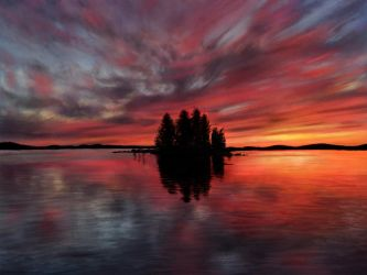 Painting - Sunset @ Lake Pielinen, Finland by TheKissingHand