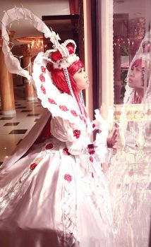 TB :: Queen Esther by aruki