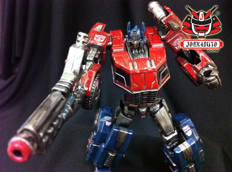 Transformers FOC : Optimus Prime Repaint 07 by wongjoe82