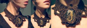 seahorse crochet necklace by Archaical