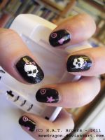 Monster High Nail Art better photo by Kythana
