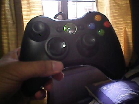 My Christmas Gift: Xbox 360 Controller! by thephilipvictor