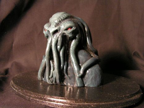 Cthulhu Bust2 by monsterforge