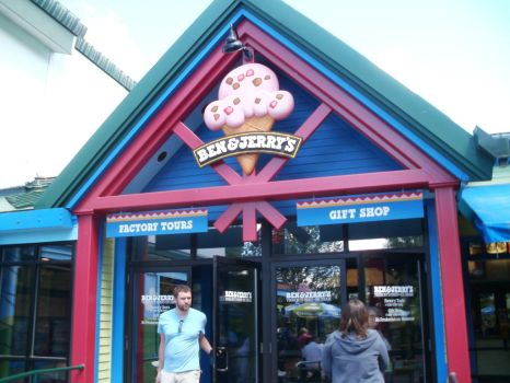 Ben and Jerry's Front Entrance by L1701E