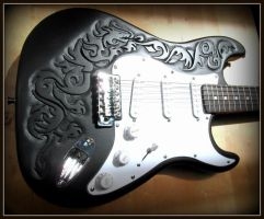 DRAGON GUITAR! by MassoGeppetto