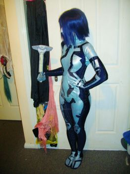 Cortana isnt as small as Me. by SpartanJenzii