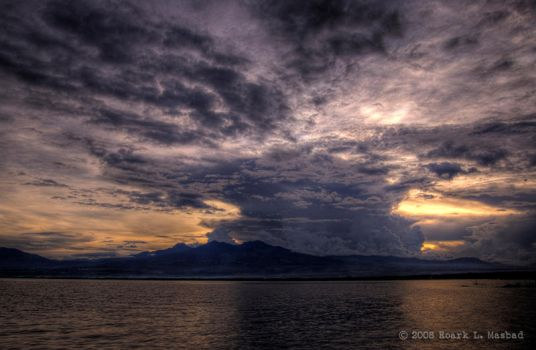 mushroom cloud in HDR by wookiegraphy