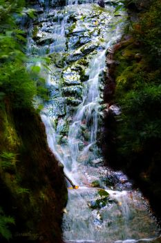 Luke's Falls by sioranth