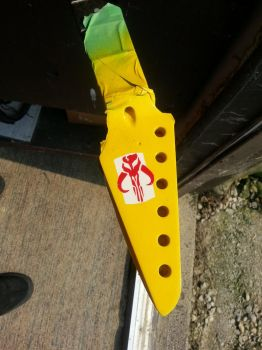FettCaster, Part 5: Paint and decals (headstock) by SirGunky