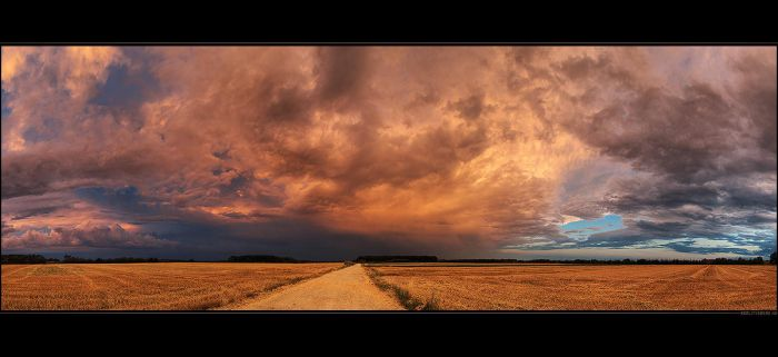 Hungarian skies pt.CXXX. by realityDream