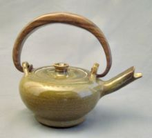 small tea pot by cl2007