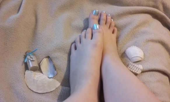 Beach Feet by Photogenic-Feet-29