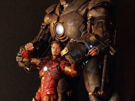 Hot Toys Iron Monger and Custom Iron Man by luke314pi
