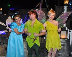 Peter Pan, Wendy, and Tinkerbell by sarka1