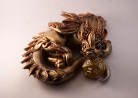 Dejai - Steampunk gold and copper dragon figurine by Akalewia