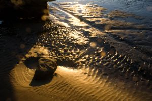 The sand that whispered by SadisticVeneer