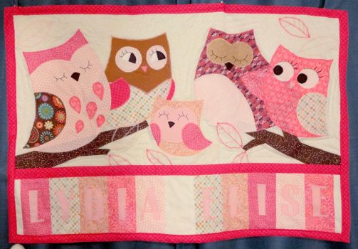 Quilted Owl Wall Hanging by Nosseren