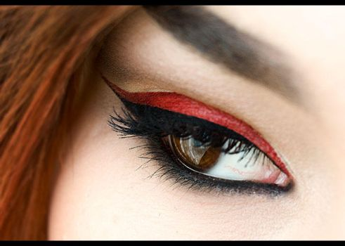 Red eyeliner by Anatomiqe
