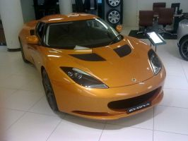 Showroom Lotus Evora by TricoloreOne77