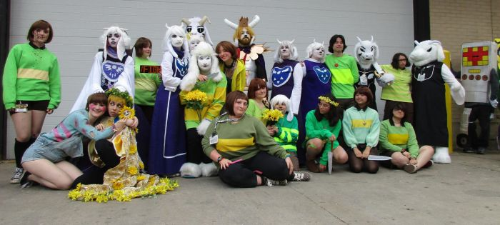 Undertale photoshoot @ Anime Central (ACen) 2016 by semi-surreal
