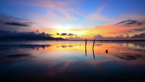THE MIRROR OF COLOURS by nuqmanalhadi