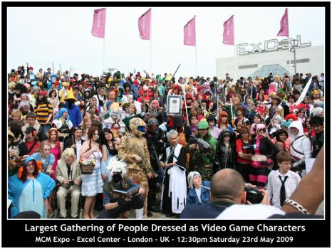 MCM Expo Cosplay World Record by chioky