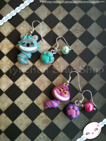 Tim Burton or Disney Cat - Earrings by AyumiDesign