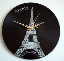 Eiffel Tower on vinyl record clock by vantidus