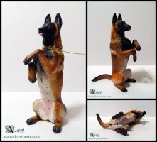 Sculpture: Malinois by Azany