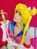 Super Sailor Moon Power Up by renataeternal