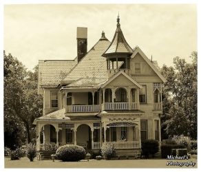 Spooky Old Mansion by TheMan268
