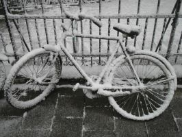 Snow Bicycle by CaballeroBajo