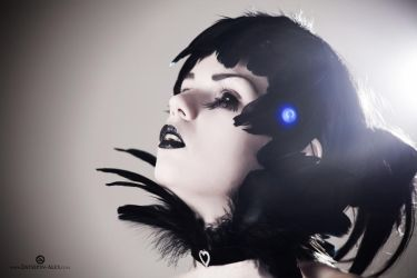 Black and Pale by Elisanth
