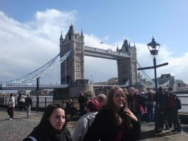 Tower bridge by tfcian