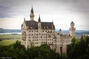 Neuschwanstein Castle by mydarkeyes