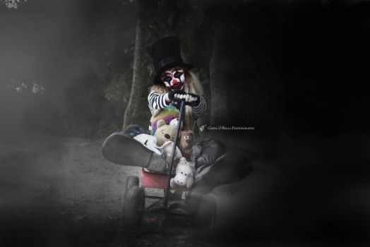 REECIE CLOWN by Chell-O-Rella